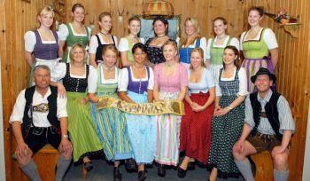 b_350_0_16777215_00_images_bilder_Trachtenfest2010_MissSunseid_00_Bewerberinnen.jpg
